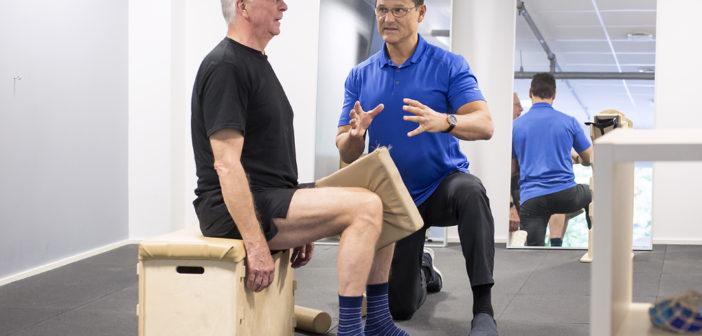 Bildet viser øvelse for knær